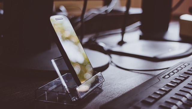 mobilny ekran